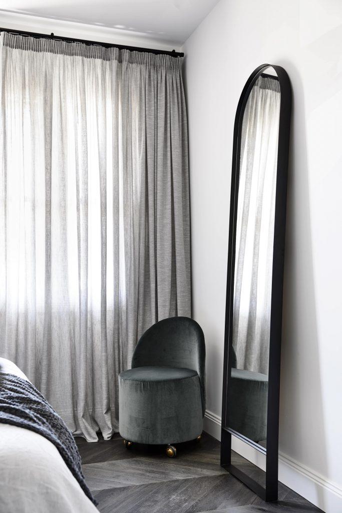 Biasol Casa Atrio Bedroom Tondo Mirror