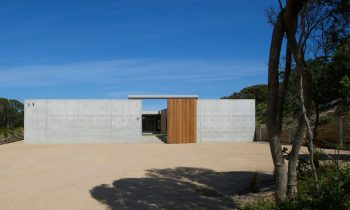 Tlp House At Prickly Rocks Oconner And Houle Architects 03