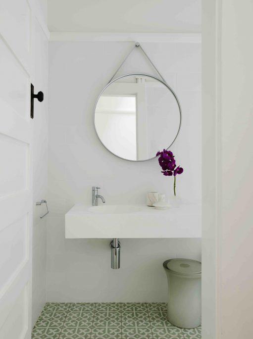 Coogee House - Australian Bathroom Design. - Madeleine Blanchfield Architects - Interior Archive