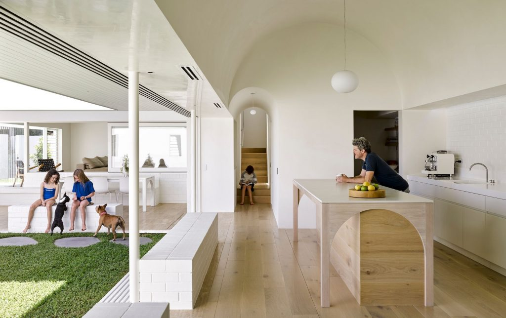 Local Australian Architecture And Interior Design B&b Residence Created By Hogg And Lamb 4