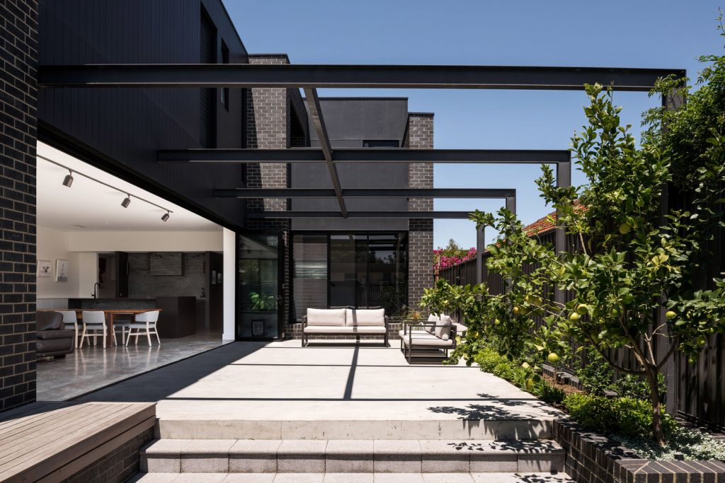 Gallery Of Urban House By Robeson Architects Local Australian Design And Interiors Shelton Park, Wa Image 15