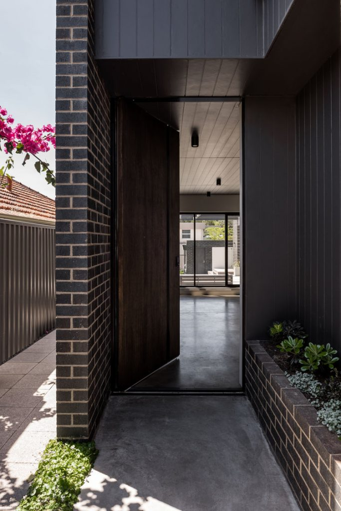 Gallery Of Urban House By Robeson Architects Local Australian Design And Interiors Shelton Park, Wa Image 6