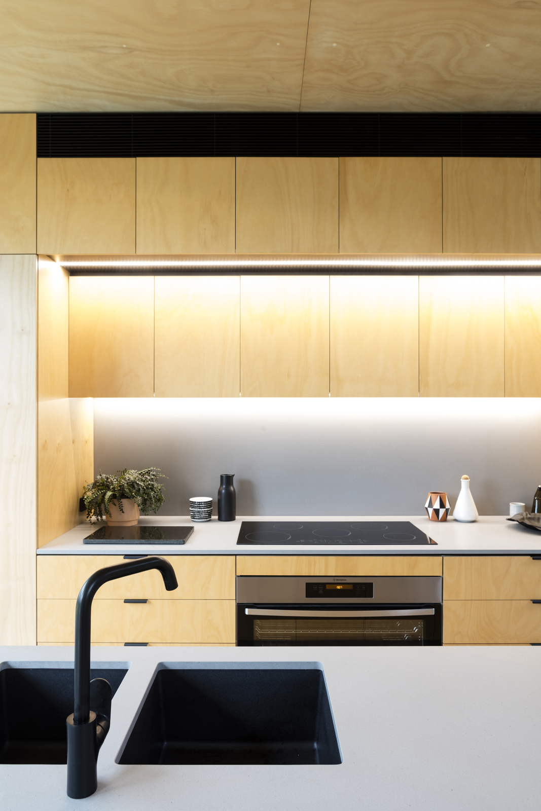 Gallery Of Binary House By Christopher Polly Architect Local Australian Design And Interiors Woolooware, Nsw Image 36