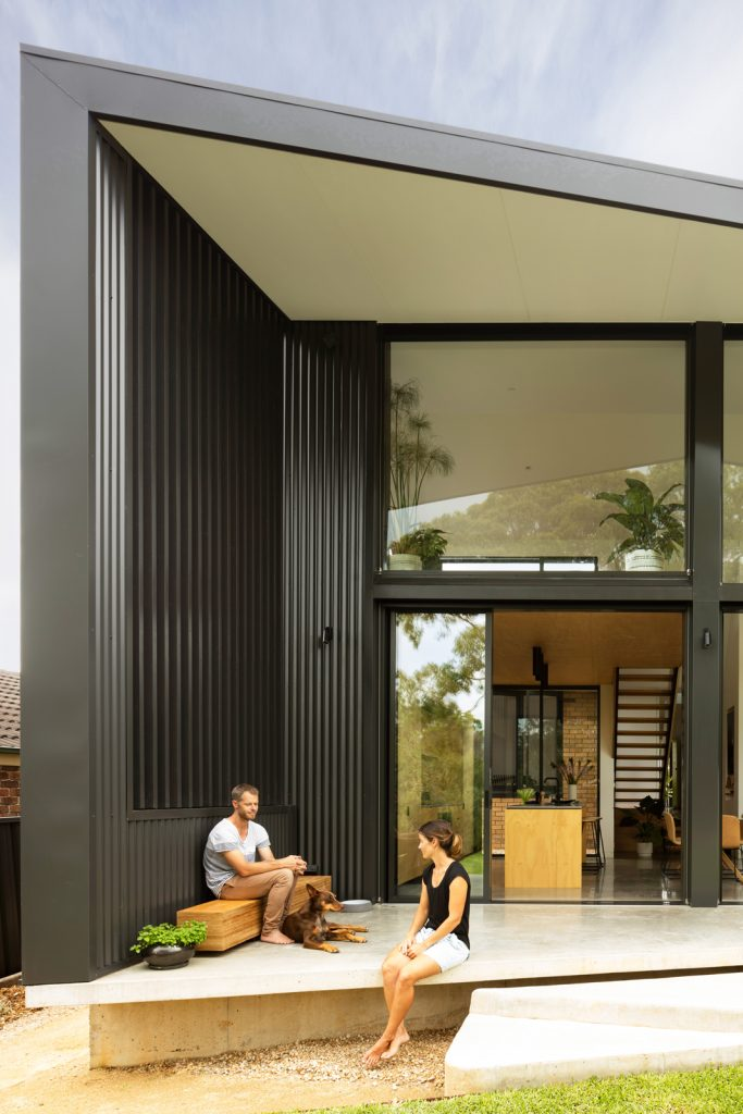 Gallery Of Binary House By Christopher Polly Architect Local Australian Design And Interiors Woolooware, Nsw Image 2