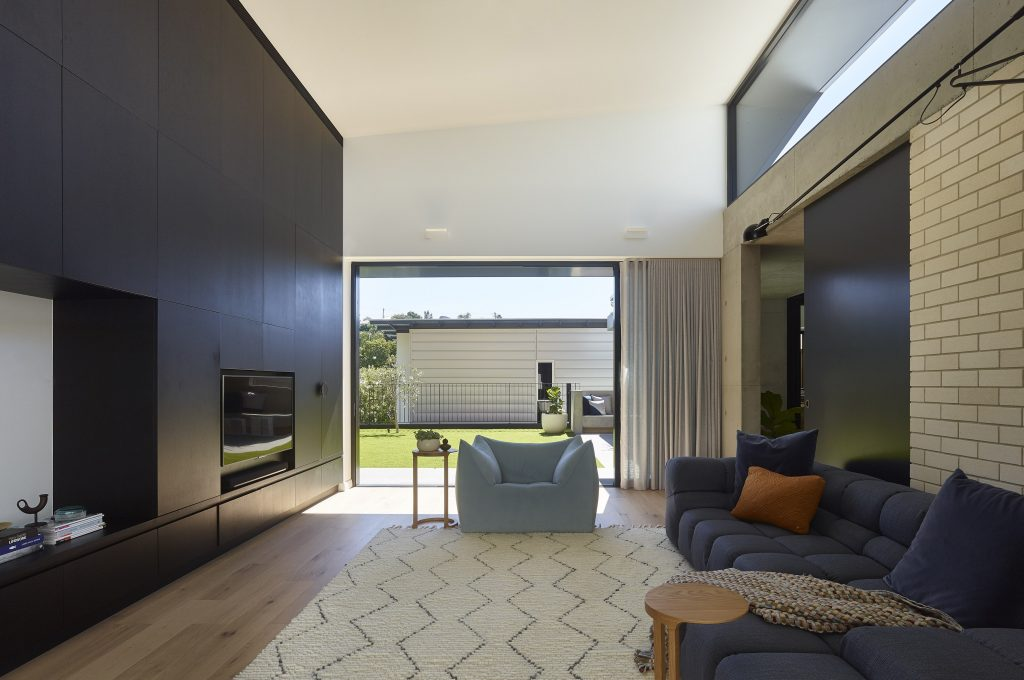 Gallery Of Sorrel Street By Shaun Lockyer Architects Local Australian Design And Interiors Paddington, Qld Image 14 Min