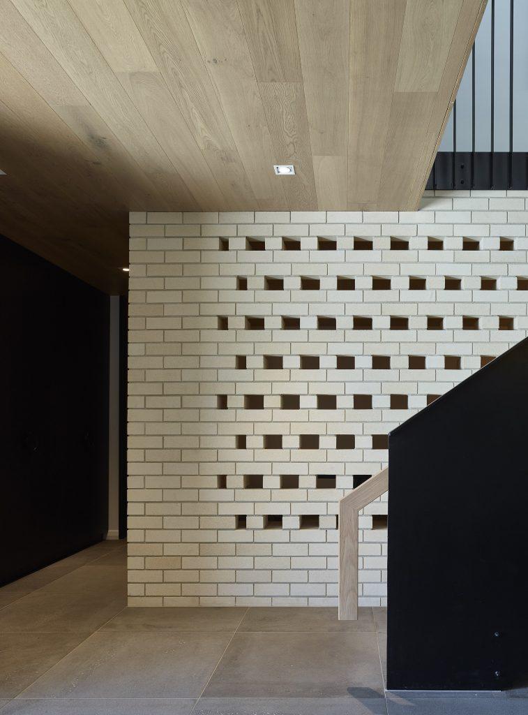 Gallery Of Sorrel Street By Shaun Lockyer Architects Local Australian Design And Interiors Paddington, Qld Image 6 Min