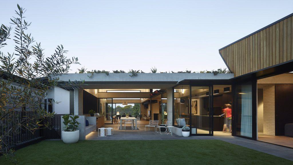Gallery Of Sorrel Street By Shaun Lockyer Architects Local Australian Design And Interiors Paddington, Qld Image 4 Min