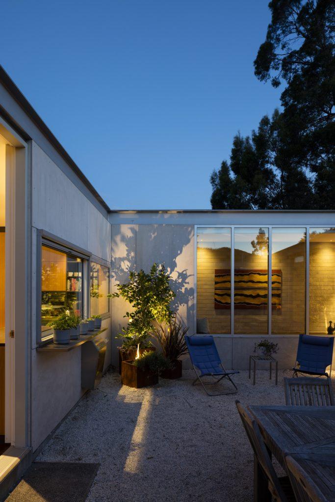 Gallery Of Elms House By Stuart Tanner Architects Local Australian Residential Interior Design Tasmania Image 9