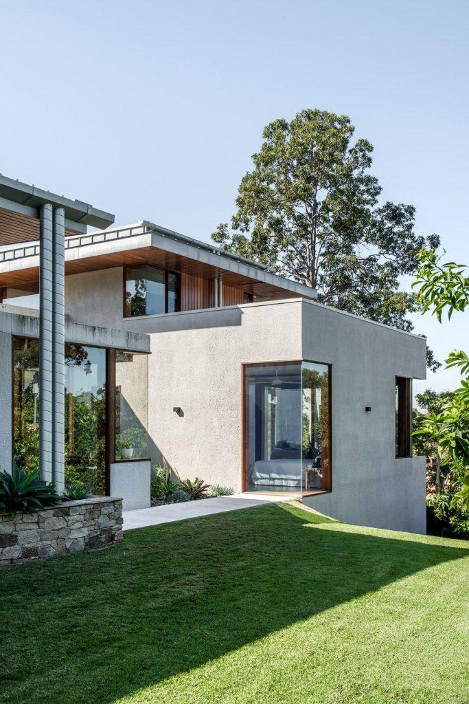 Large Open Plan Family Home Brisbane