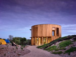St Andrews Beach House Embodies All Of The Principles Of A Low Maintenance, Relaxing Abode.