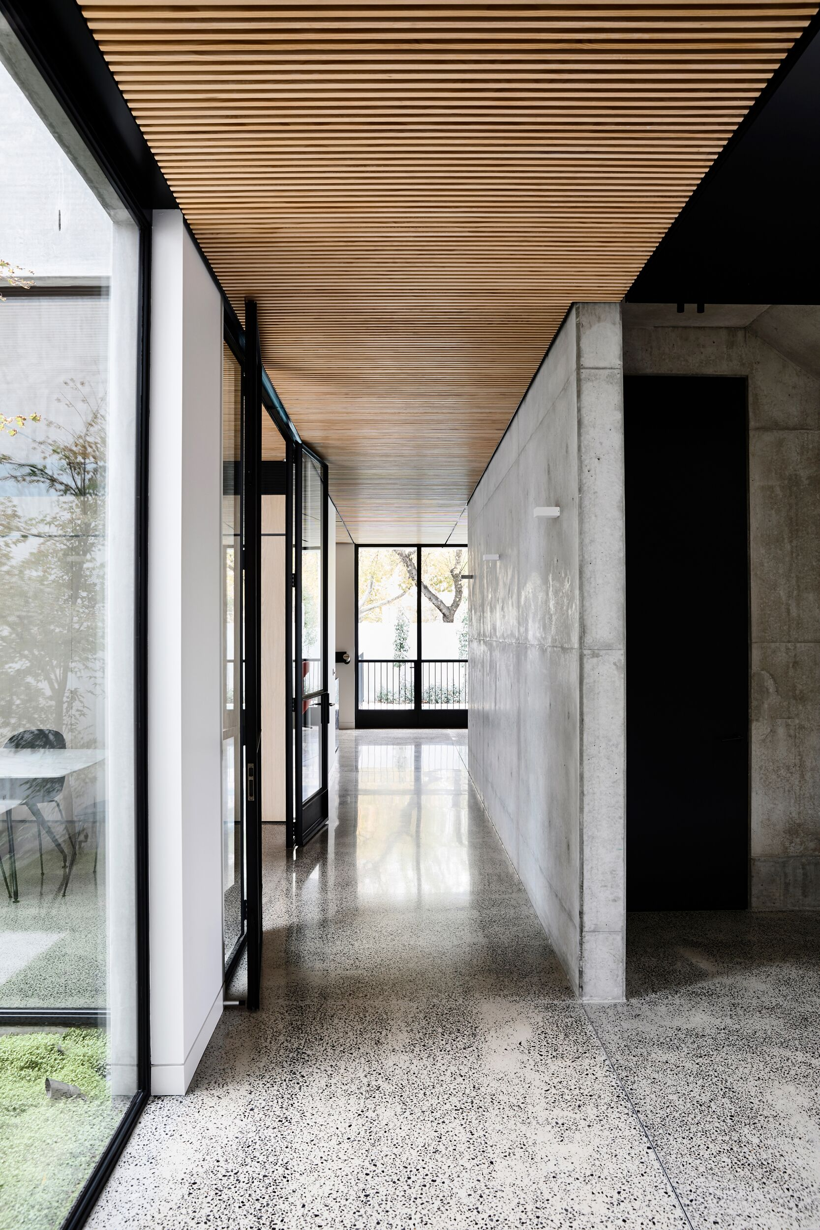 Chamberlain Architects Chose To Work With Concrete's Dramatic Qualities
