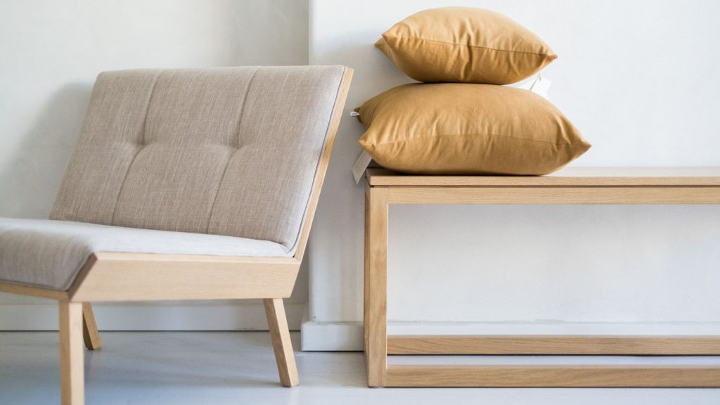 The Atelier Bench Is Simple At Its Best!
