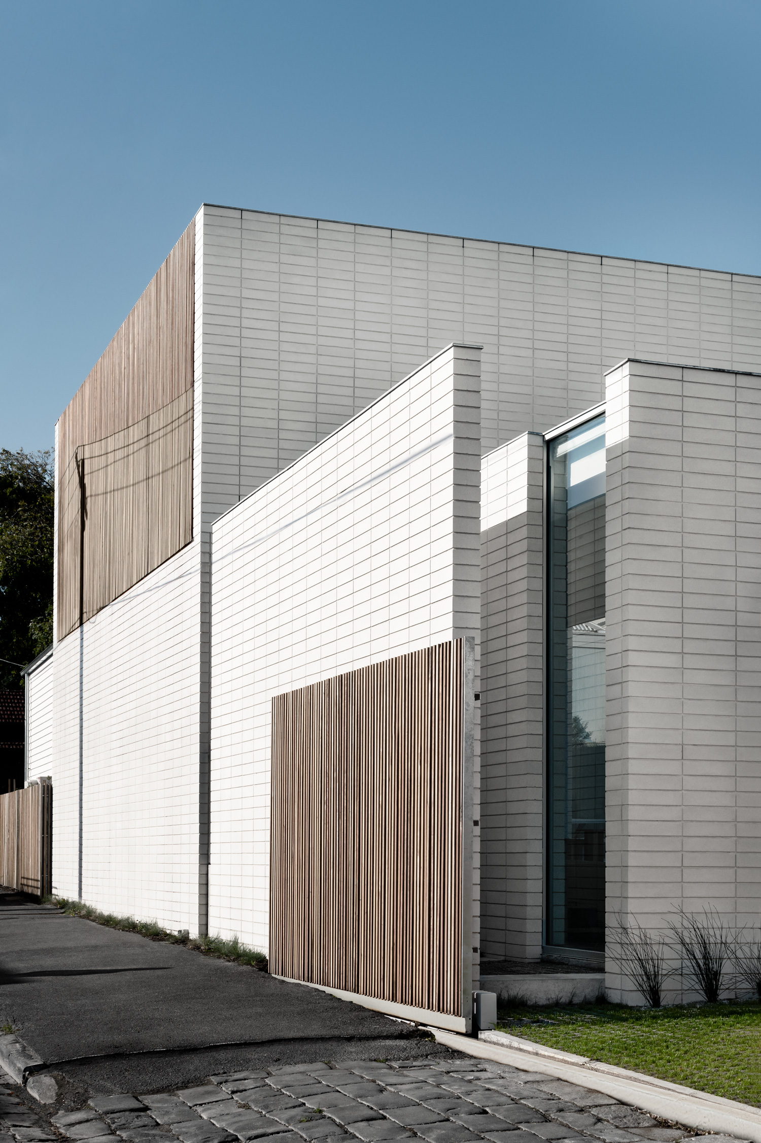 The Extension To A Modest Cottage In Malvern Sees A Minimal Brutalism Emerge