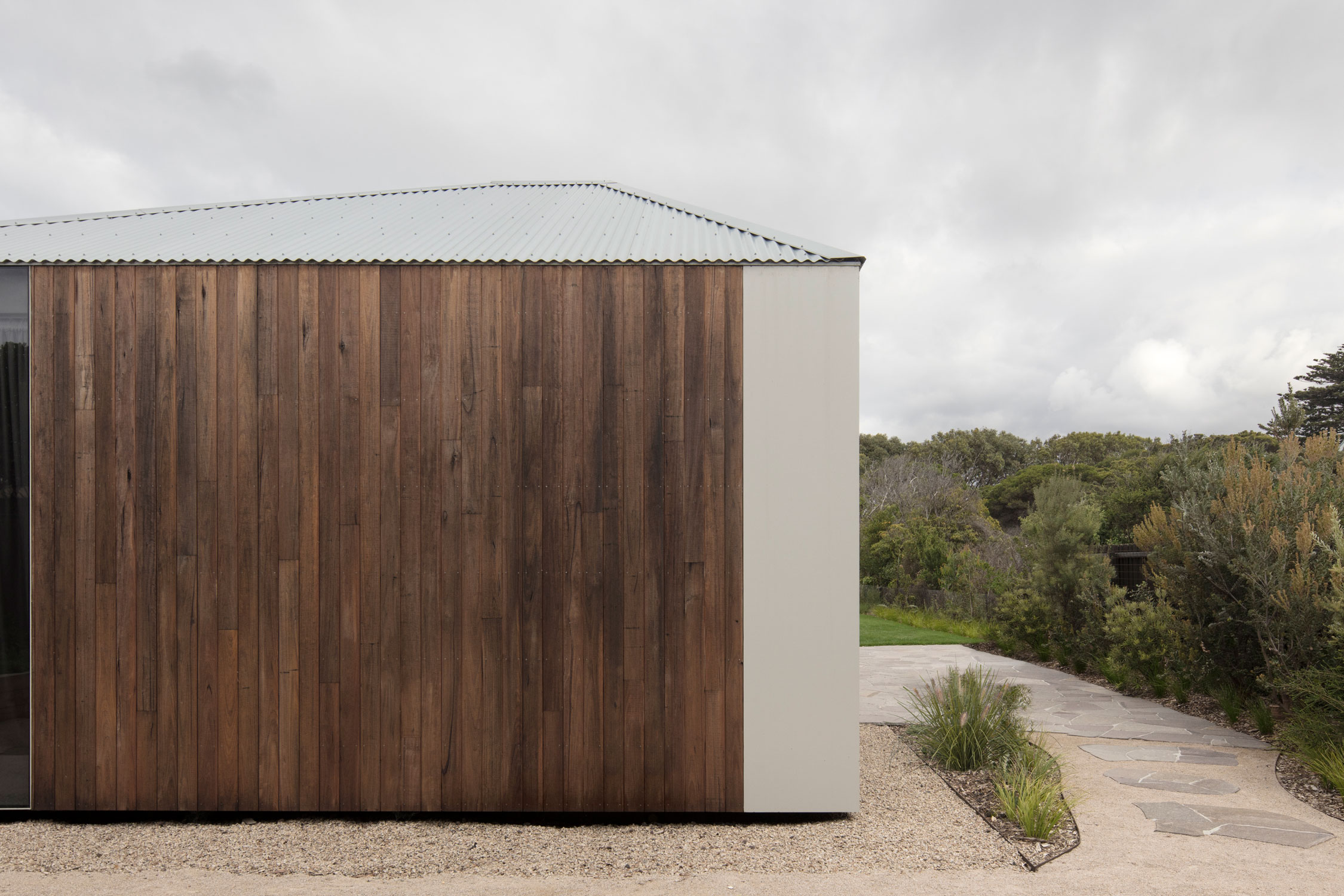 We Explore Edition Office's Point Lonsdale House