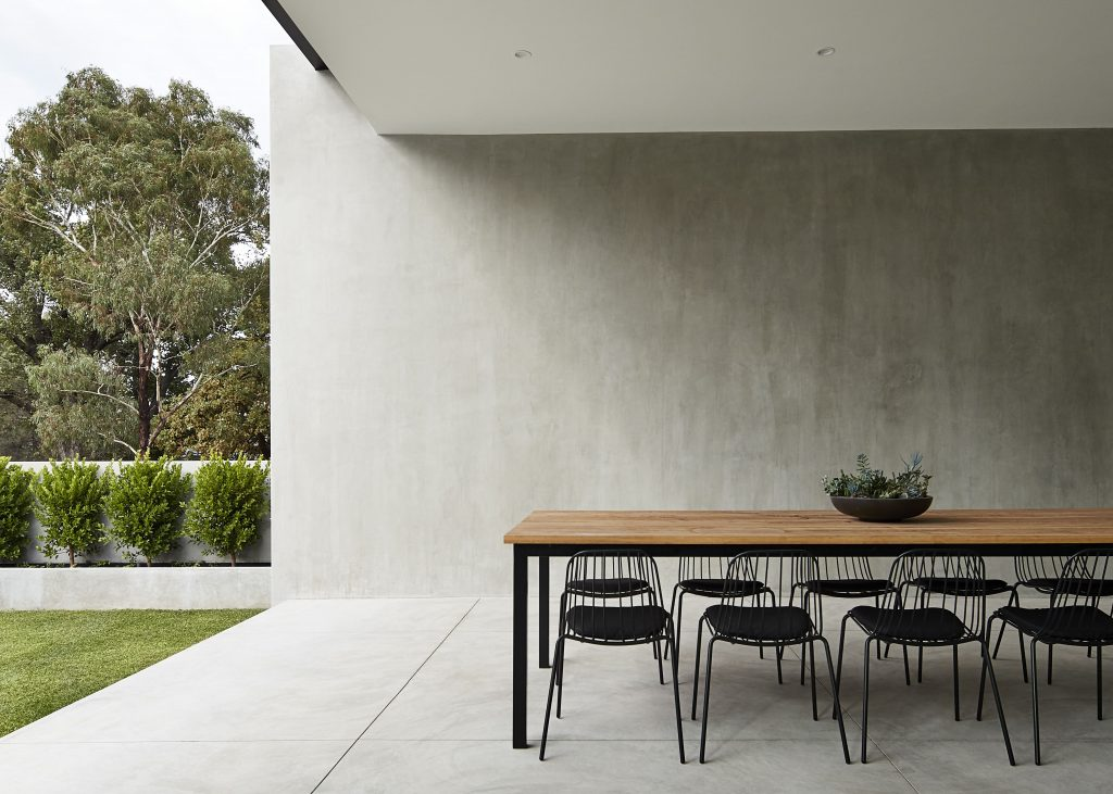 Salmon Avenue Meets The Client's Objective Of Expressing As Much Concrete As Possible Through The Built Form.