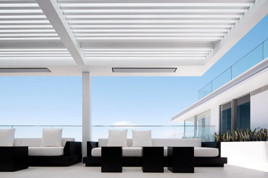 Seamlessly Extends To The External Terrace And Is Finished In Solid Timber And Stainless Steel
