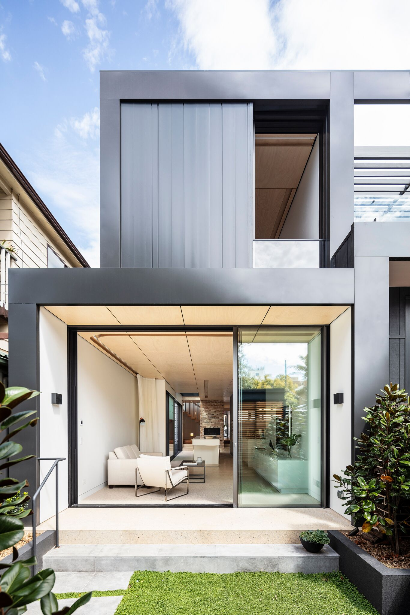 Archisoul Took The Opportunity To Engage With The Building's History While Creating A Light Filled Contemporary Home.