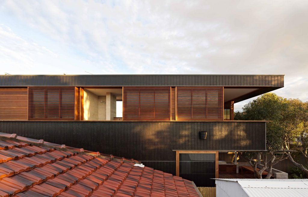 Where The Traditional Australian Residential Block Typology Is Challenged, And An Expression Of Its Geometry Is Articulated.