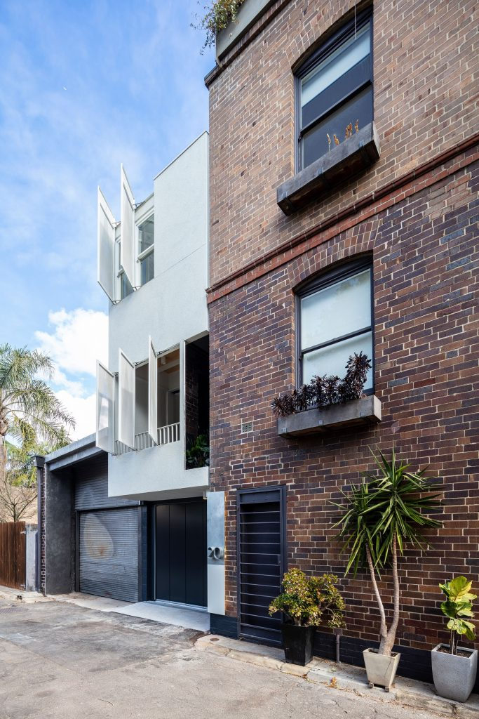 Darling Lane By Welsh Major Architects Is A Refined And Simplified Gesture Of Amenity In Amongst A Texturally Complex Home.