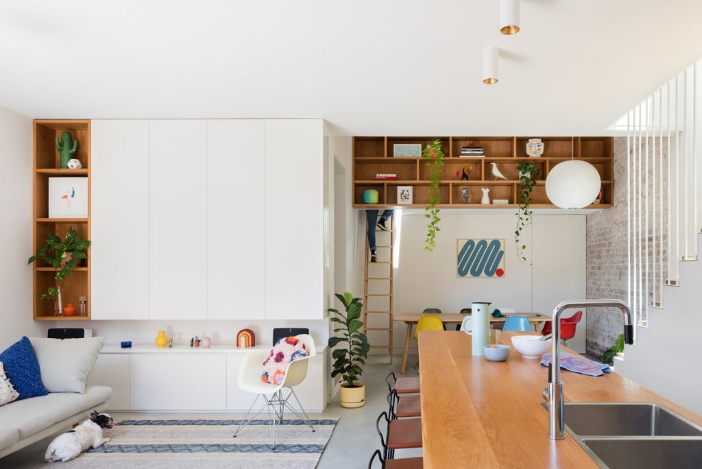 Based On Principles Of Efficiency And Layering, Elements That Connect And Encourage The External Inward While Creating A Sense Of Openness Were A