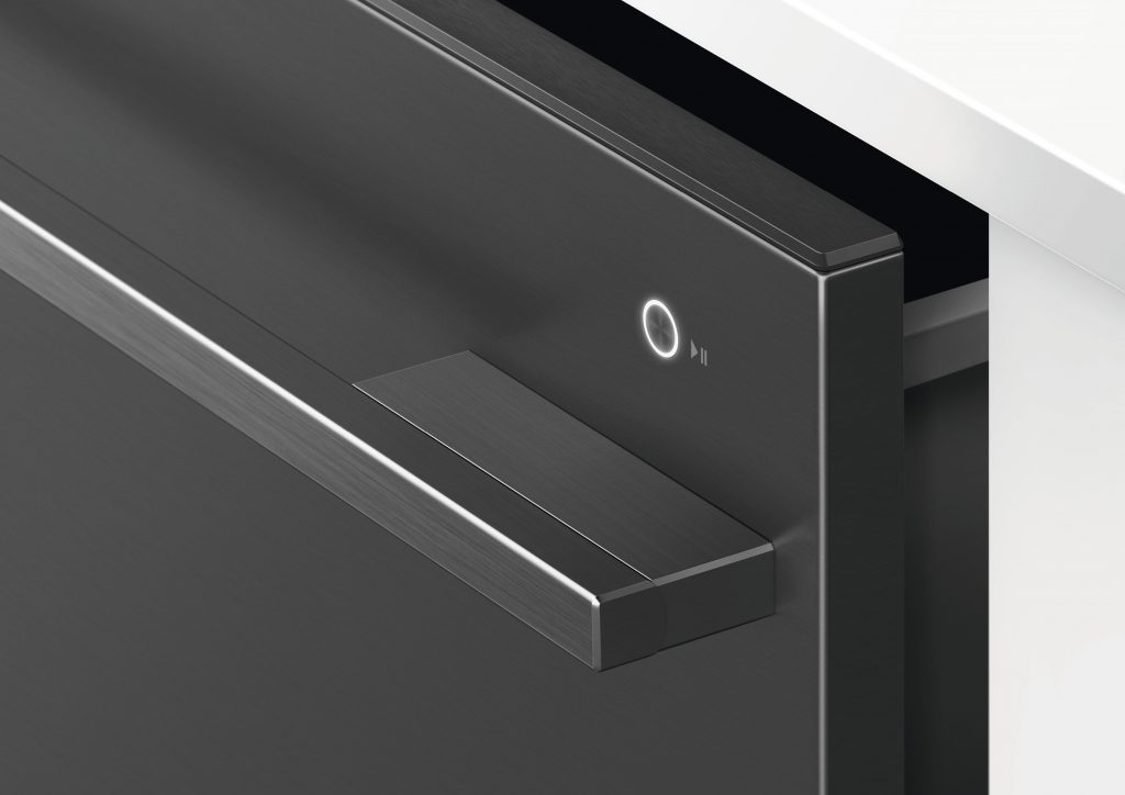The Fridge Features Activesmart Technology That Adapts To Daily Use, Adjusting Temperature, Humidity And Airflow To Keep