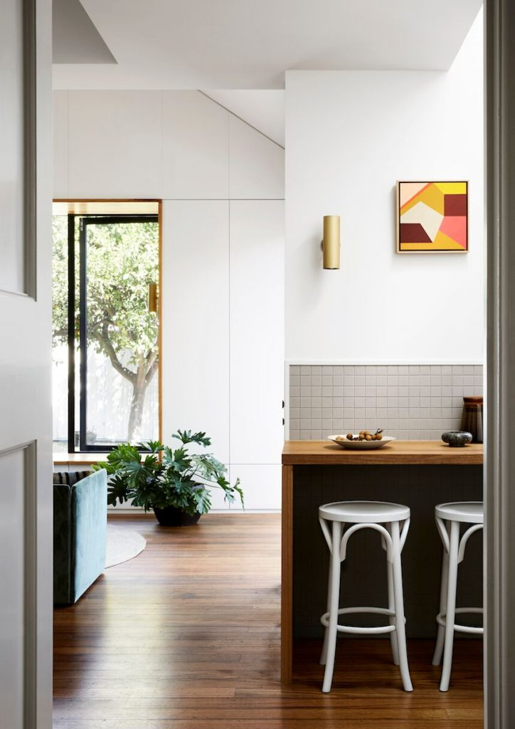Coburg House By Lisa Breeze Architect Classic Californian Bungalow The Local Project