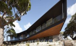 Tlp Bluff House Inarc Architects 03