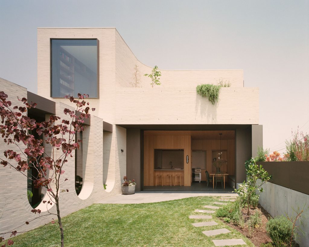 Classical Curiosity – Ruckers Hill House By Studio Bright, Northcote, Vic, Australia Image 03