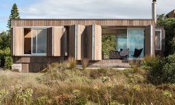 Casually Compact Whangapoua House By Crosson Architects Whangapoua Beach Nz Image 05