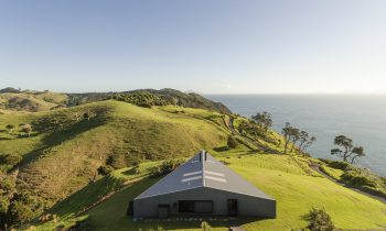 A Windswept Hillside Home – The Dart By Studio John Irving The Fisher & Paykel Series Image 18