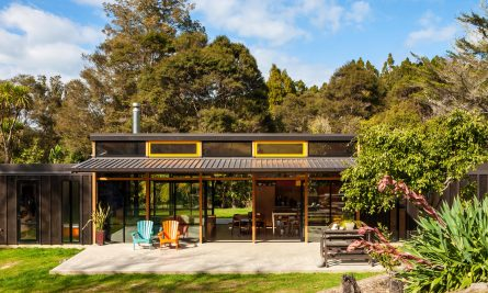 Easterbrook House Dorrington Atcheson Architects Titirangi Auckland Nz Image 02