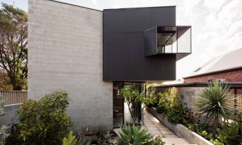 Listening To Site Trapezoid House By Lisa Mcgann Perth Wa Australia Image 01