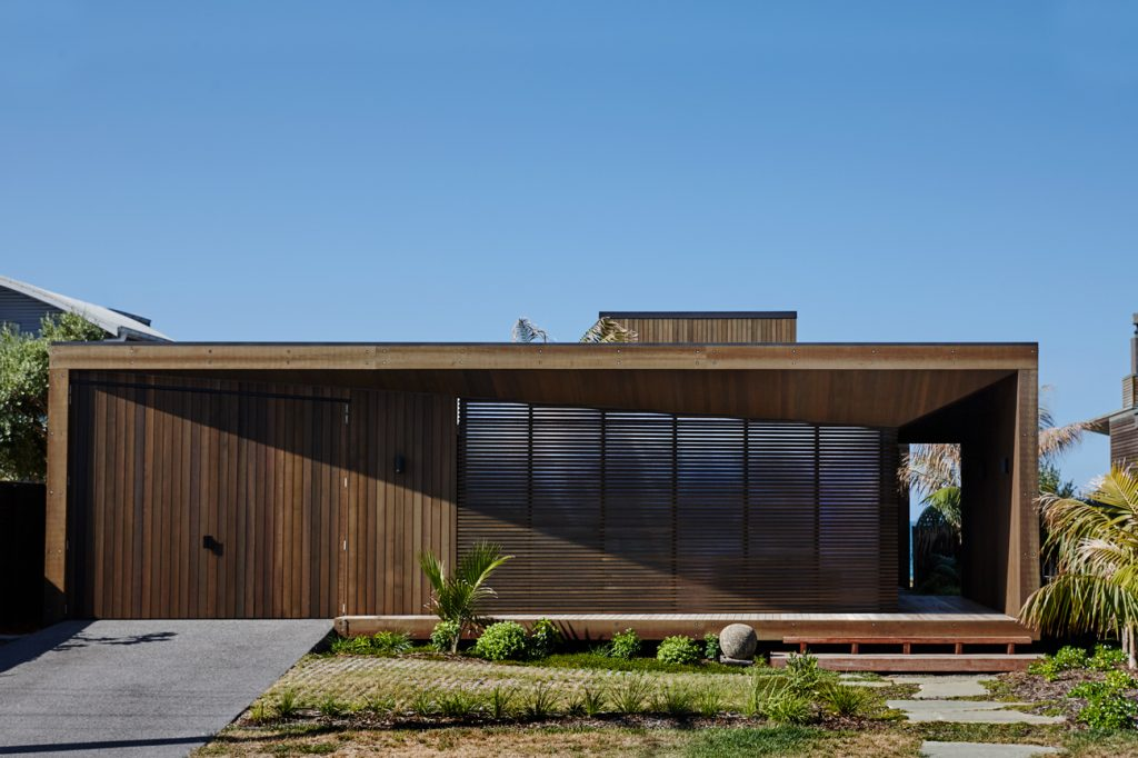 At Home On The Shore Papamoa Beach House By Herbst Architects Papamoa Beach Nz Image 010