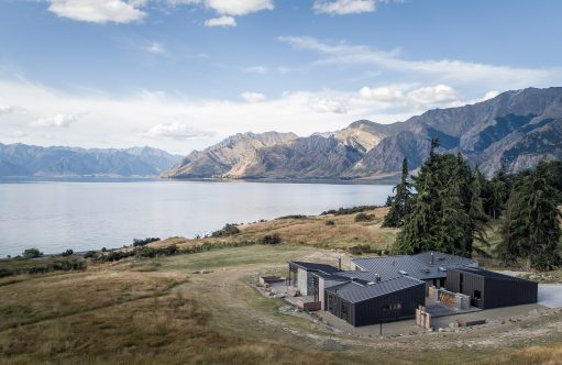 Lake Hawea House By Condon Scott Architects Lake Hawea New Zealand Image 01