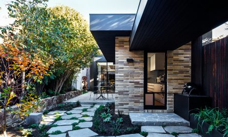 Gallery House By Inarc Architects Fitzroy Vic Australia Image 01