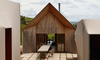 Awaawaroa Bay By Cheshire Architects Nz Project Feature The Local Project Image 01