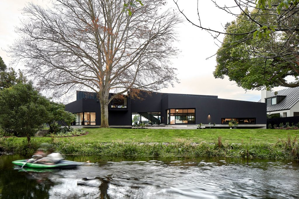 Geometric And Earthed Desmond House By Warren And Mahoney Christchurch New Zealand Image 01