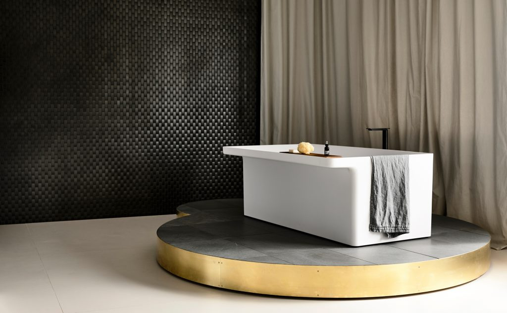 Marsiglia Bathtub By Lucidi Pevere Product Directory The Local Project Image 01