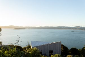 Jonothan Livingston Seagull By Conor Dolman Architects Eastbourne Wellington New Zealand Image 01