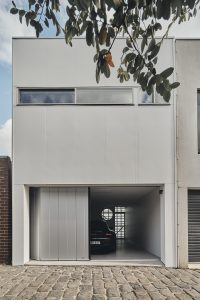 Colour Shingle By Krisna Cheung Architects North Melbourne Vic Australia Image 01