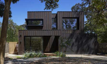 Laurel Grove By Kirsten Johnstone Architecture Blackburn Vic Australia Image 01