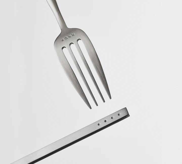 Brushed Silver 24pc Cutlery Set By Krof Product Directory The Local Project Image 02