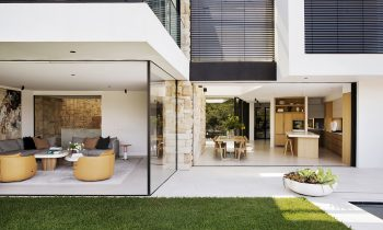 Bay View House by Fox Johnston and Alwill Interiors - Project Feature - The Local Project - Image 02