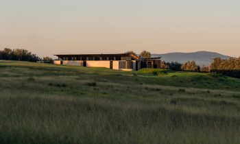 A Linear Expression – Mystery Bay House By Jack And Rob Hawkins Project Feature The Local Project Image 01