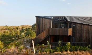 Vantage Point – Bowentown Bach By Edwards White Architects Project Feature The Local Project Image 07